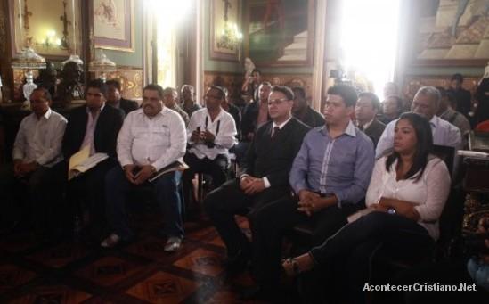 Nicolás Maduro se reúne con pastores evangélicos