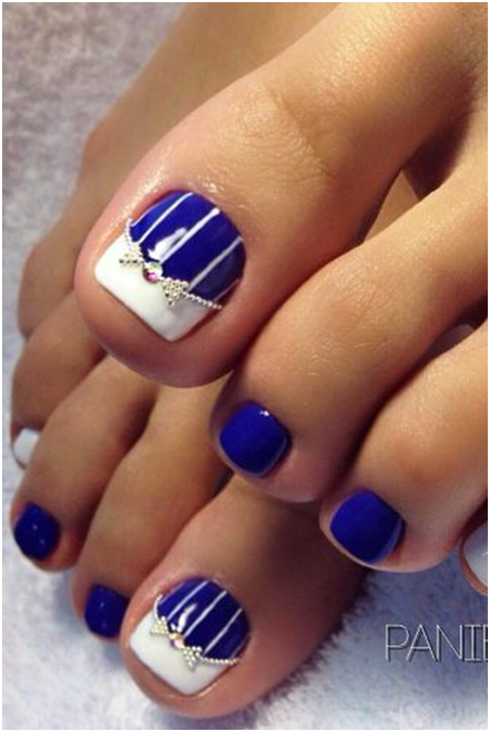 12 Toe Nail Designs To Keep Up With Trends Striped Nail Designs