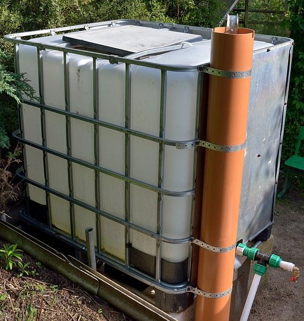 фертигация капельный полив бак подкормка раствор полив
