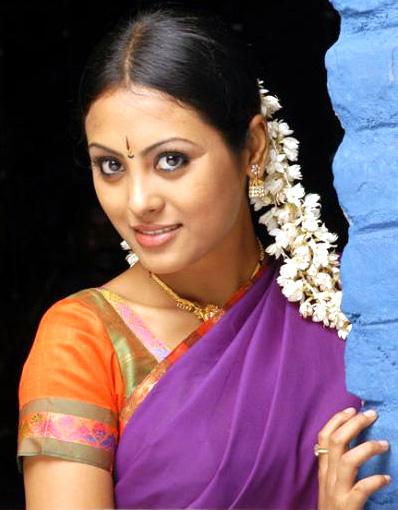 Mahi aunty 02 full length telugu movie ravi krishna silpa nisha - 4 4