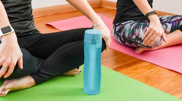 3 Cách uống nước trong Yoga không thể không biết