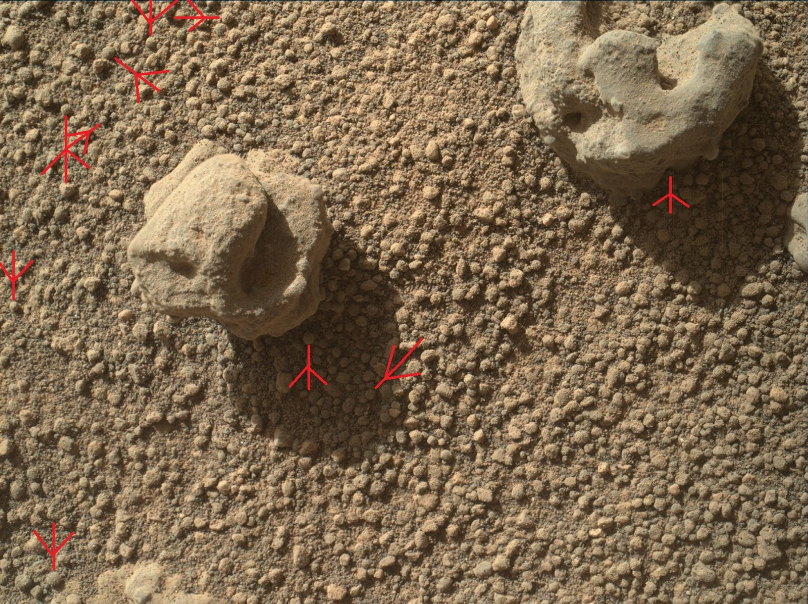 Sand Spheres Are Usually Ooids Made by Microbes. | Wretch Fossil