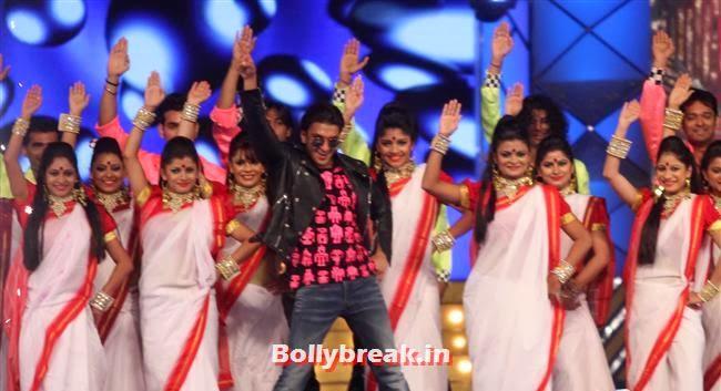 Ranveer Singh, Bollywood Celebs at Umang Police Show 2014