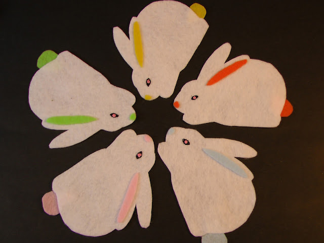 Felt Five Rabbits