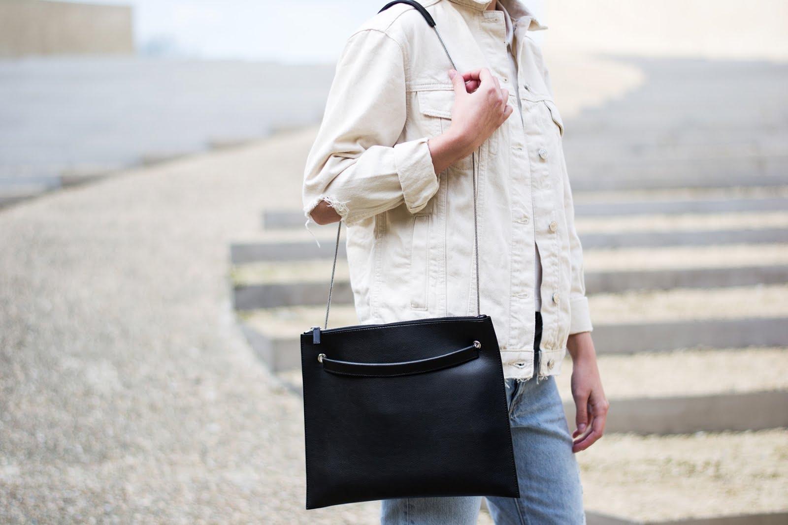 Topshop denim jacket, ecru, flippa K bag, vroenhoven, minimal, SS17, detail