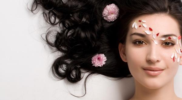 Kepribadian Perempuan di Balik Rambut