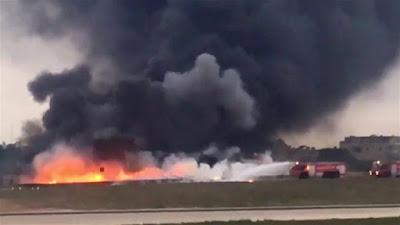 Avión militar cae en picada en Malta / Mueren cinco franceses
