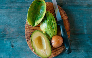 New Research Discovers The Health Benefits Of Avocado Seed Husks
