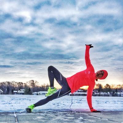 Snowy Side Plank
