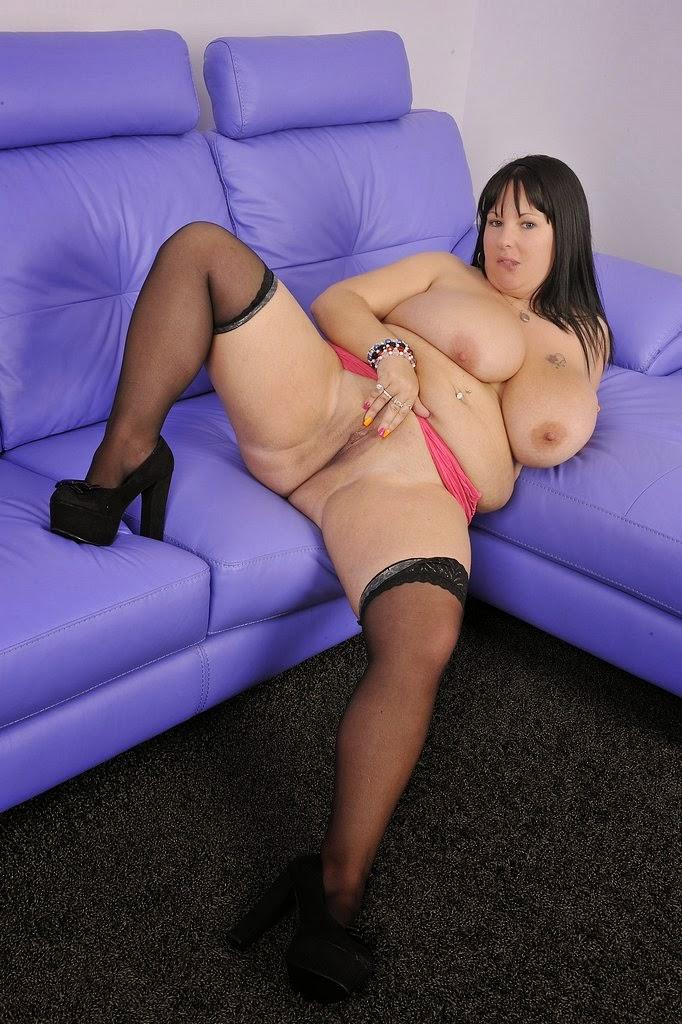 Natalie Fiore Hangers 45