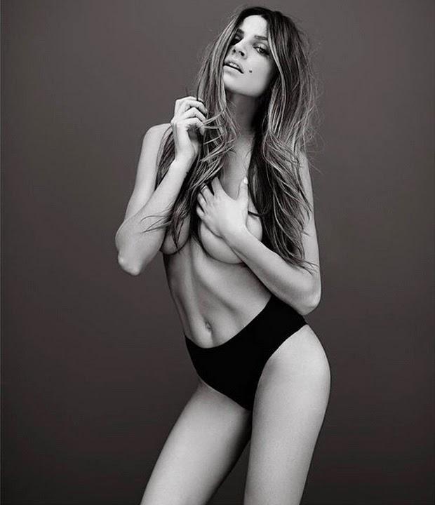 Meski cuma jadi cadangan abadi di Manchester United Istri Kiper Cadangan MU Topless di Instagram