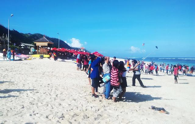 Pantai Rahasia di Bali : Pantai Pandawa