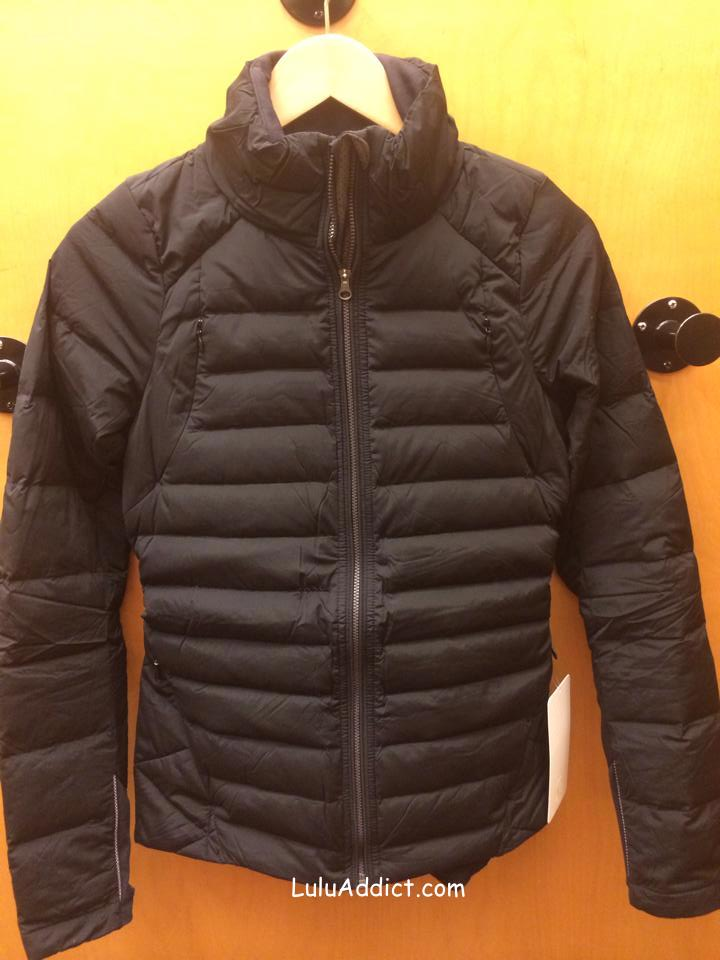 lululemon fluffed up jacket black