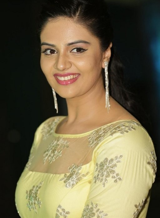 Telugu Tv Anchor Sreemukhi Latest Stills In Yellow Dress
