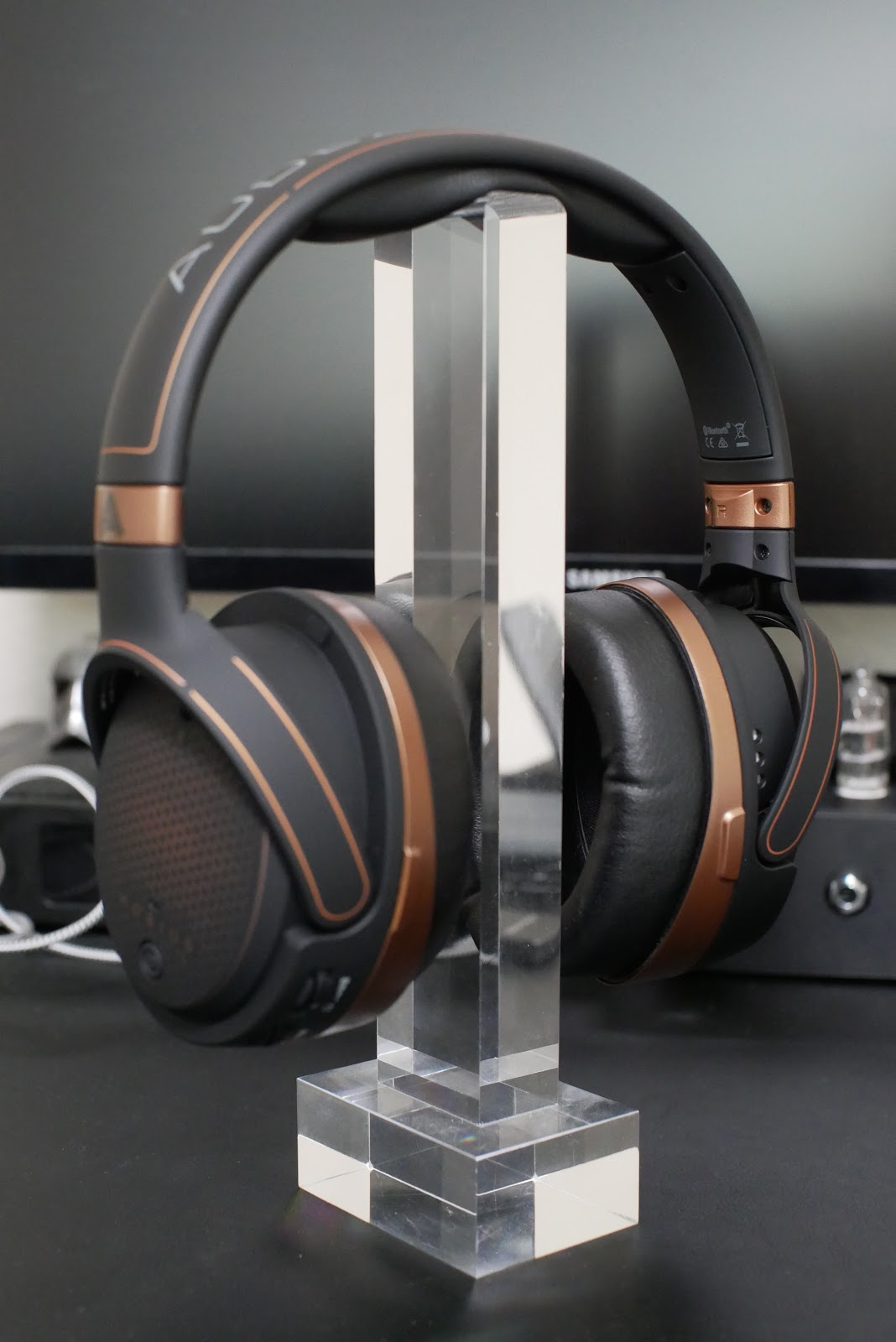 478ad1a8fd4 Audeze has become as household name in the audiophile headphone world with  their high quality planar magnetic driver line of headphones.
