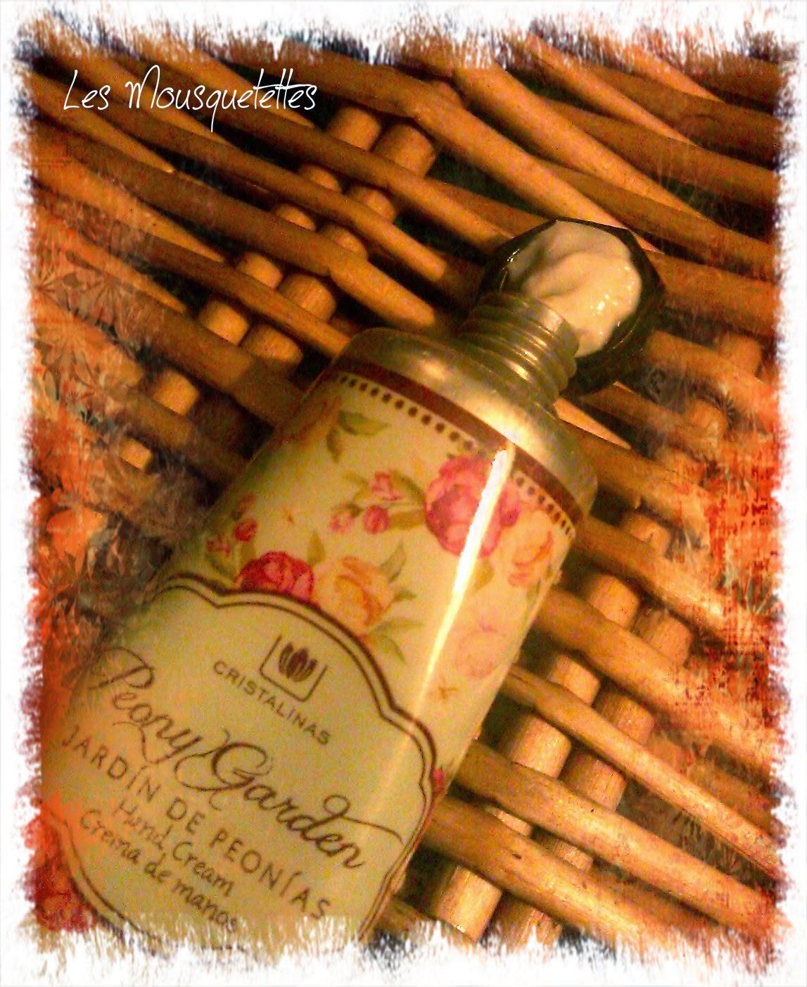Texture crème mains Cristalinas - Les Mousquetettes©