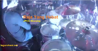 Download Lagu Rohani Raja Yang Hebat (JPCC Worship)