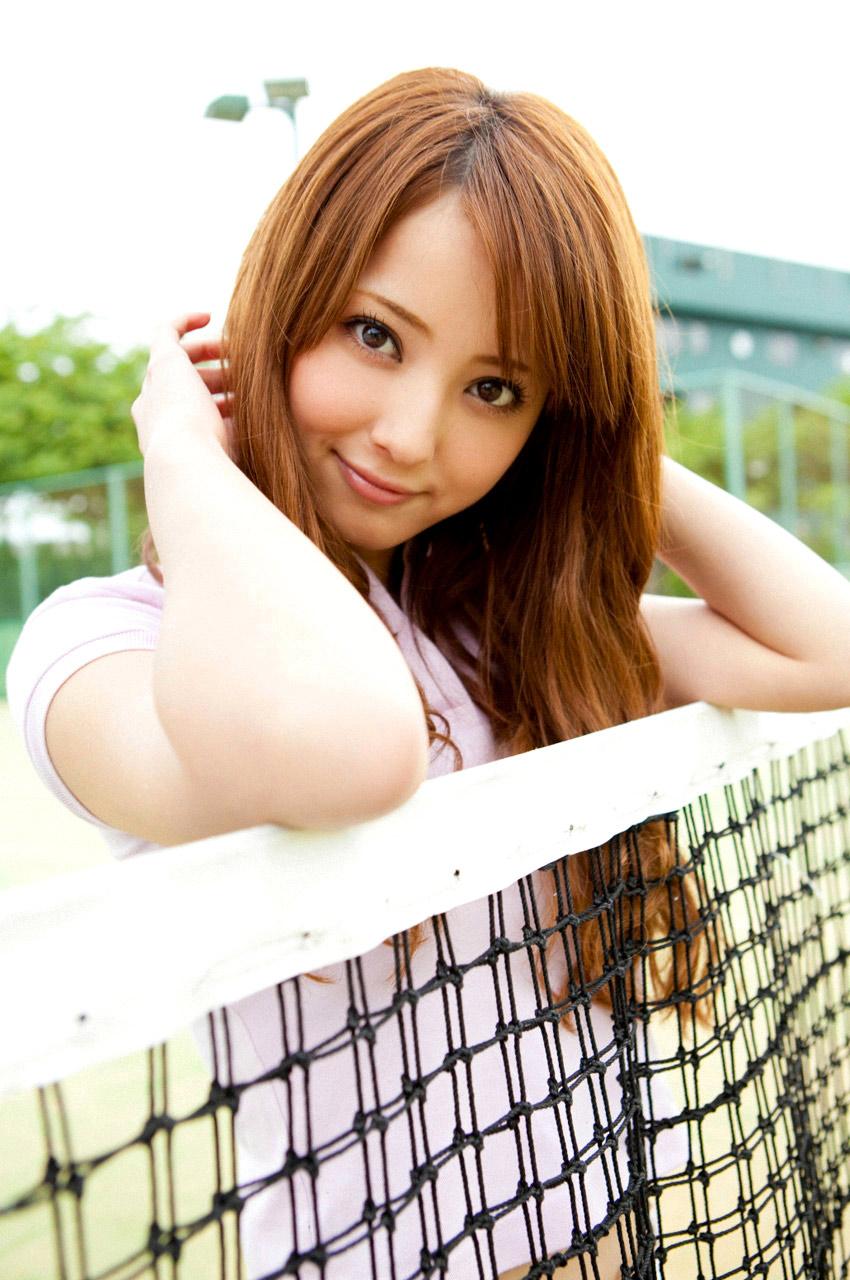 nozomi sasaki sexy playing tennis 04