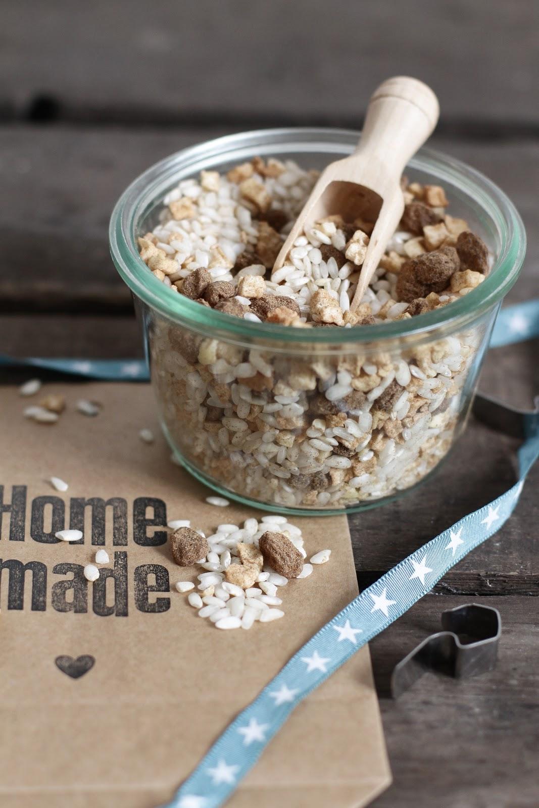 lykkelig mein foodblog geschenke aus der k che mischung f r milchreis mit getrocknetem apfel. Black Bedroom Furniture Sets. Home Design Ideas