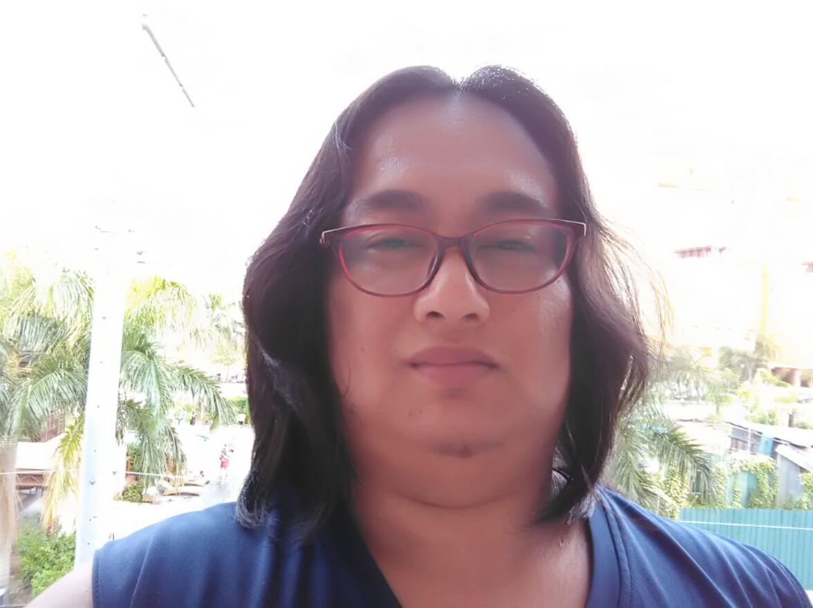ASUS ZenFone Live Camera Sample - Overexposed Selfie