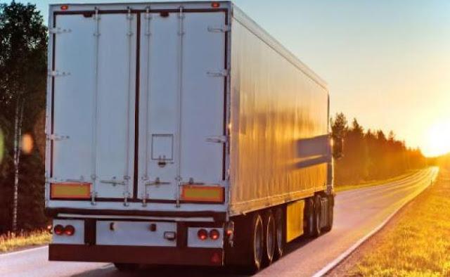 Σε ποιες Εθνικές οδούς απαγορεύεται η κυκλοφορία φορτηγών αυτοκινήτων κατά τον εορτασμό της επετείου της 28ης Οκτωβρίου