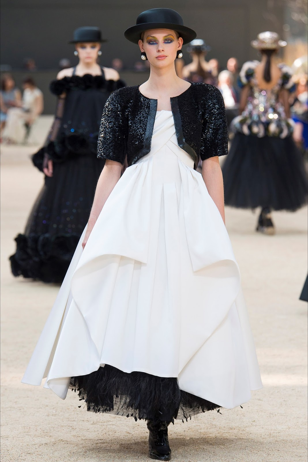 CHANEL HAUTE COUTURE FALL WINTER 2017-18