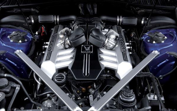 2017 Rolls-Royce Phantom Engine