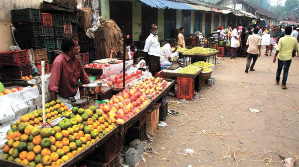 Kerala, News, Kasargod, Food grains Dealers, Street trade, Food grains Dealers on Street trade.