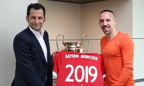 Franck Ribery được giữ lại vì anh ấy là 1 tấm gương sáng cho các cầu thủ trẻ.