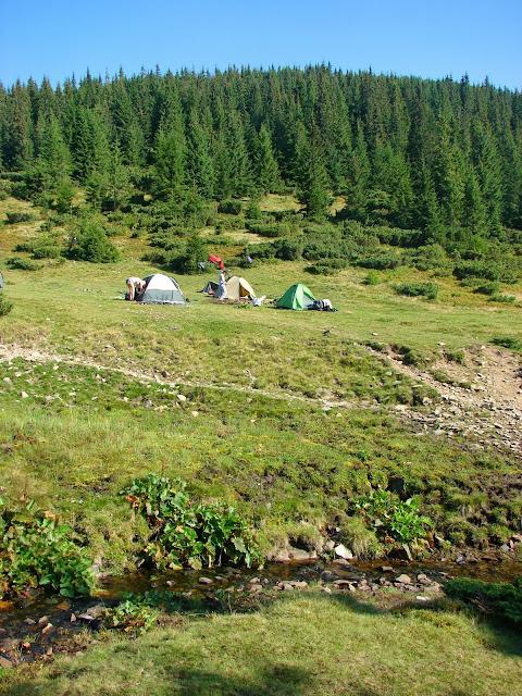 Наш лагерь на полонине Рущина