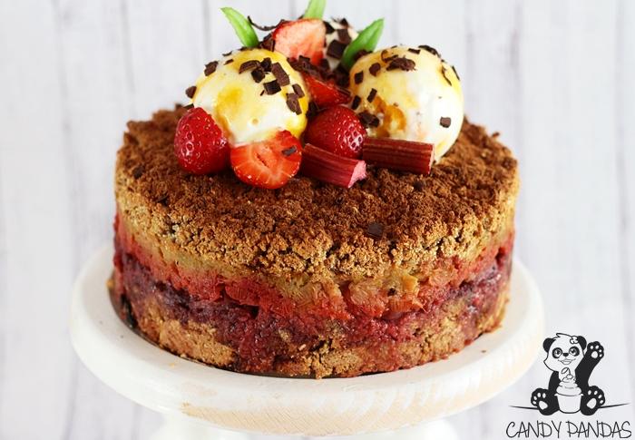 Szybkie ciasto z mąki teff przekładane owocami  i z lodami (bez glutenu, cukru białego, laktozy,)