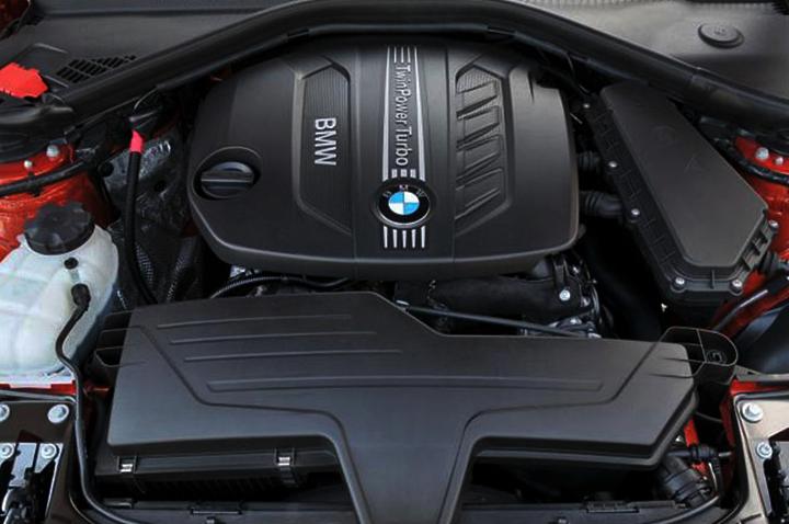 BMW 120D Engine Emits High Performance