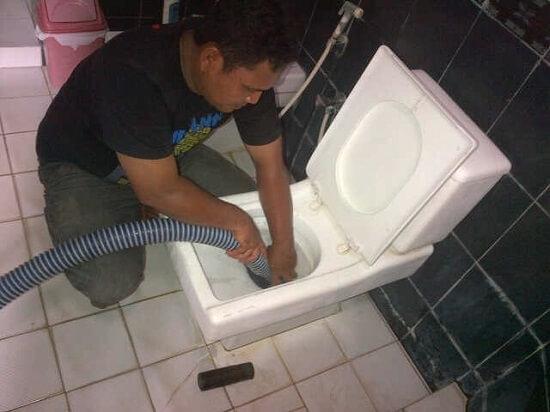Tukang Sedot WC