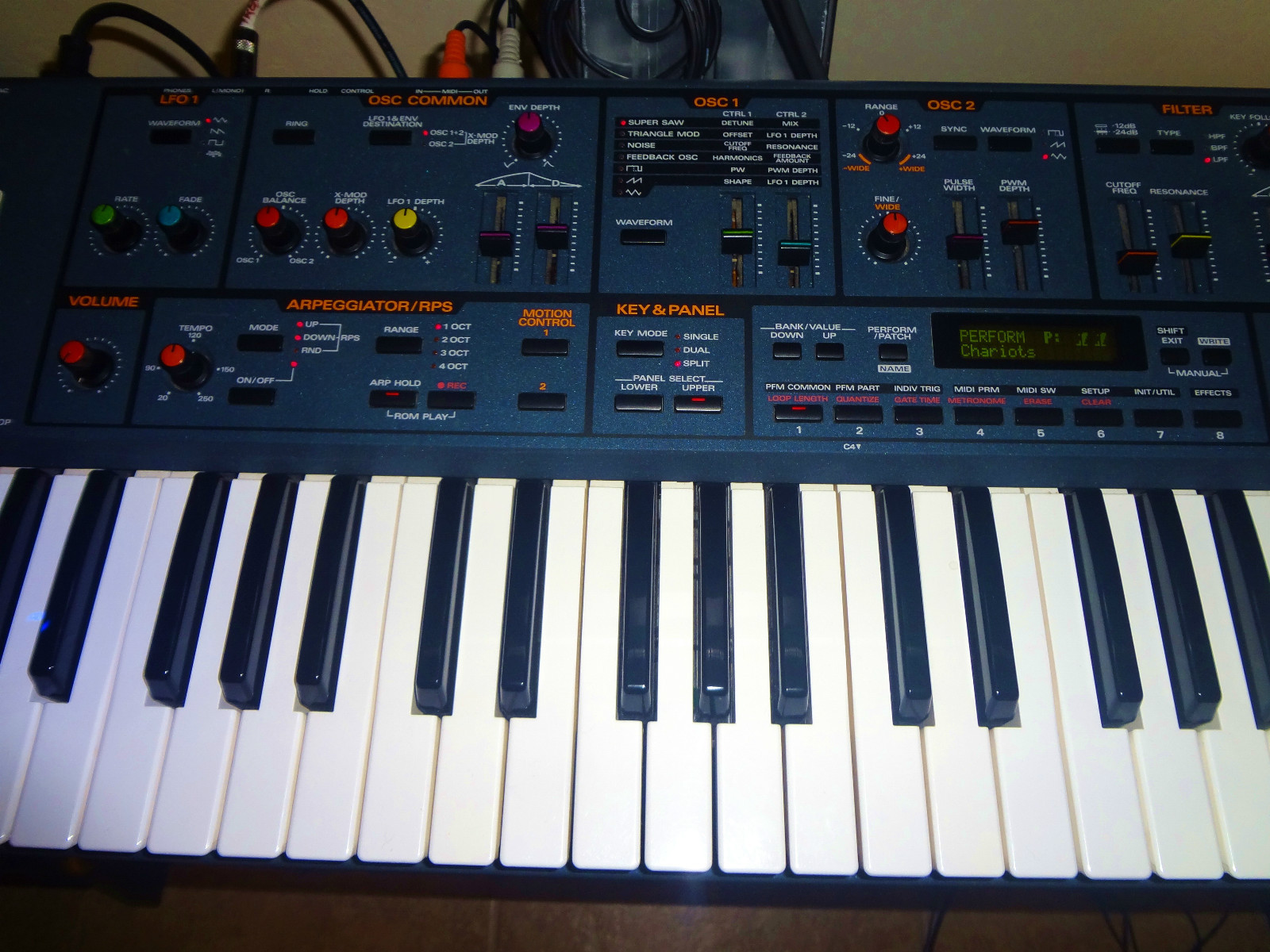 MATRIXSYNTH: ROLAND JP-8000 with Jupiter-8 Colored Knobs