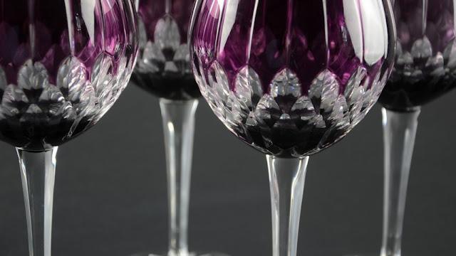 Tips Praktis Membersihkan Benda Kristal