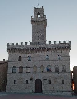 Michelozzo's Palazzo Comunale