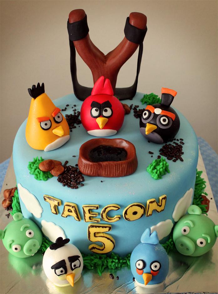 Delana S Cakes Angry Birds Cake
