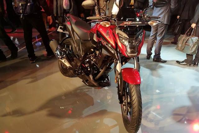 New 2018 Honda XBlade 160 HD Pics 02