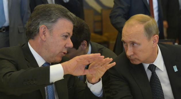 La paranoia de la 'injerencia rusa' aterrizó en Colombia