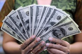 سعر الدولار اليوم الأحد 15 أبريل في جميع البنوك المصرية