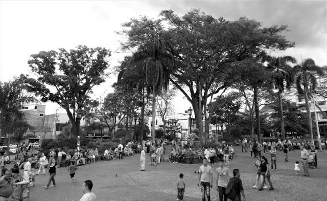 parque principal de bello, parque santander