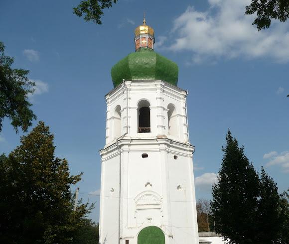 Чернигов. Елецкий монастырь. Защитные стены и надвратная колокольня. 1670-е г.