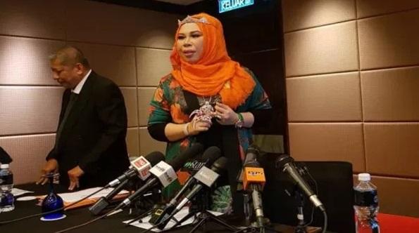 Pulak Dah! Tergempar  Datuk Seri Vida Tuntut Aishah Mohon Maaf Secara Terbuka! Jika Tidak KITA SELESAIKAN DI MAHKAMAH
