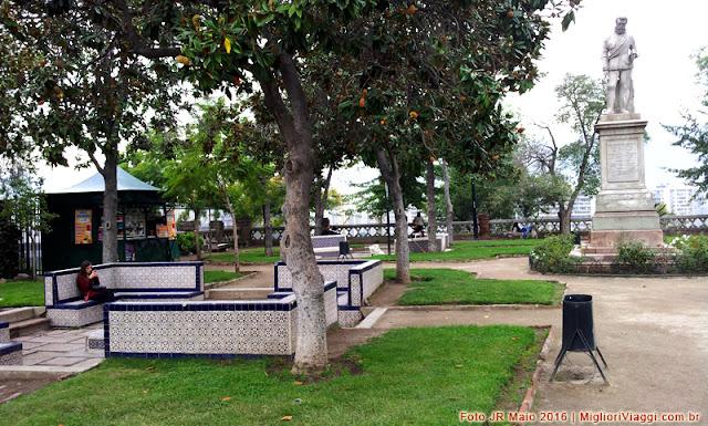 Praça em ponto mais alto do Cerro Santa Lúcia em Santiago do Chile
