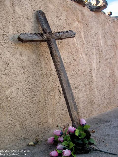 negron-vallanca-valencia-cementerio-cruz