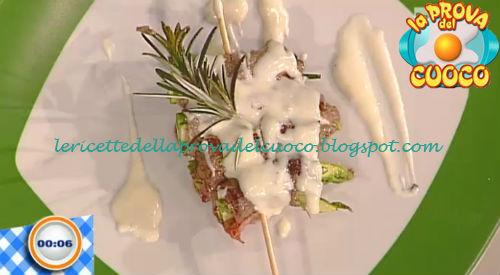 Bocconcini di carne e asparagi con fonduta di caciofiore ricetta Improta da Prova del Cuoco