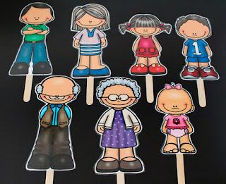 Marionetas de los miembros de la familia imprimibles para colocar en un palito.