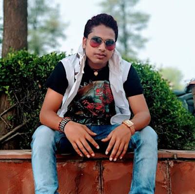 Awdhesh Premi (Bhojpuri Singer) wiki Age, Girlfriend,Wife, Family, Biography and More