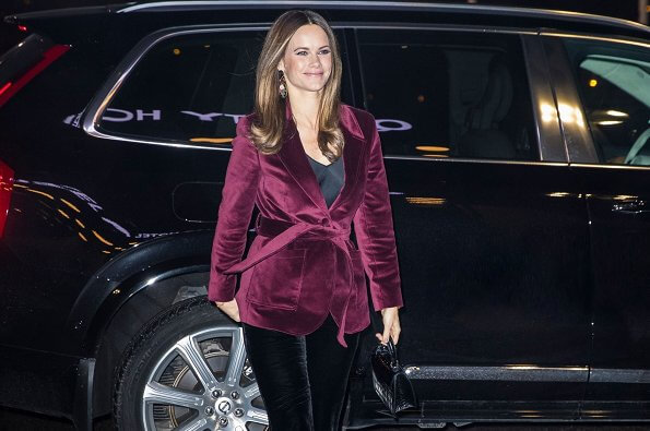 Princess Sofia attended the 100th anniversary event of Rädda Barnen held at Quality Hotel Friends in Solna. burgundy velvet belted blazer