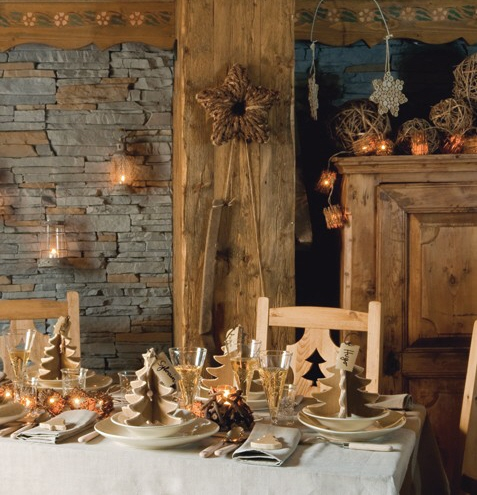 Alpine Christmas via Art et Decoration as seen on linenandlavender.net